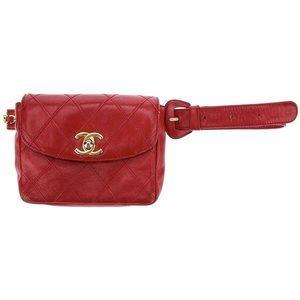 Chanel vintage Quited belt bag in red lipstick 💄
